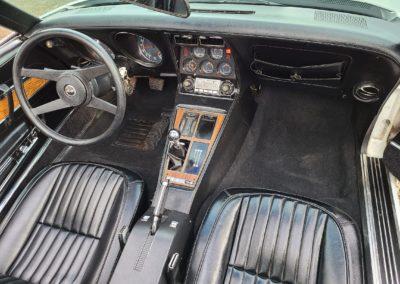 1976 White Corvette Stingray Black Int 4spd